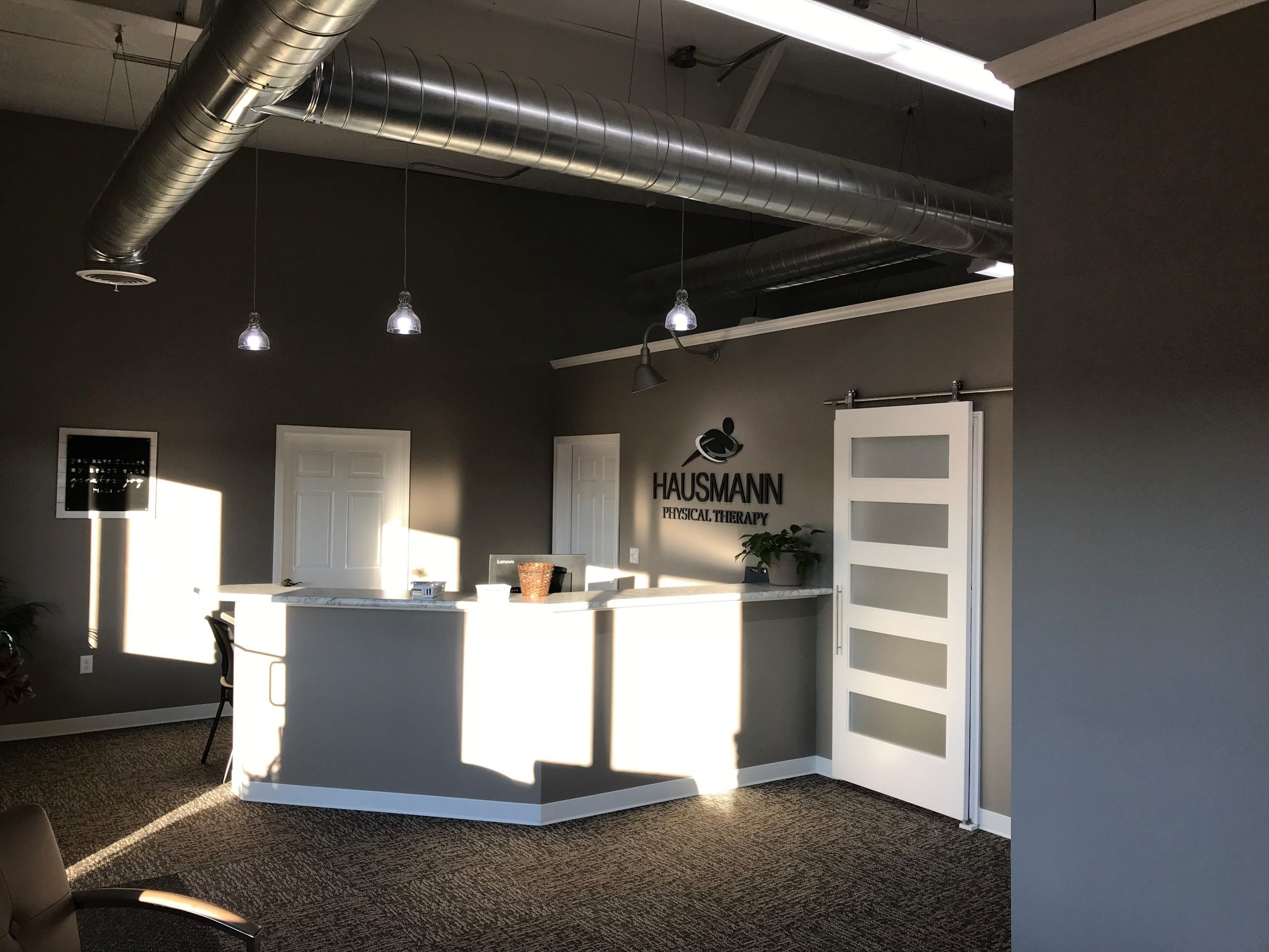 Entry desk at Huasmann Physical Therapy