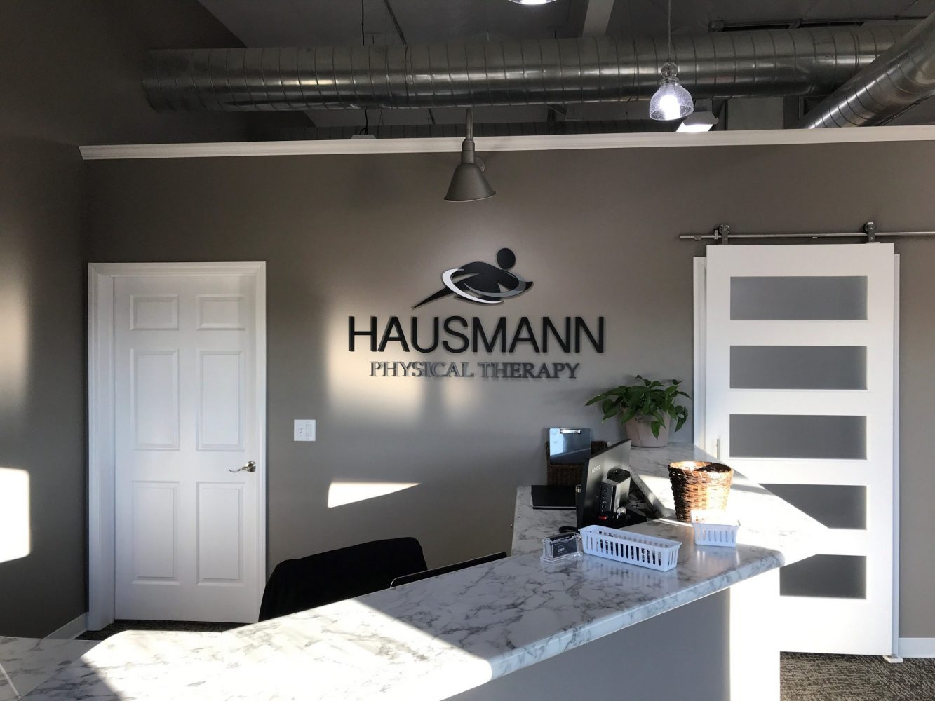Front desk at hausmann physical therapy